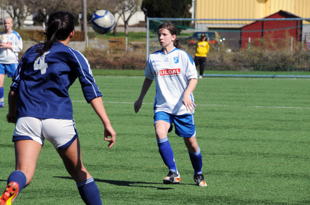 Victoria Westberg i aksjon for BIL jenter 16