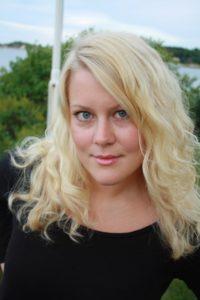 HOLDER SOLOKONSERT: Søndag kveld kan den lovende pianisten Lene Rosåsen Glamsland oppleves i kulturarenaen på Valstrand skole.