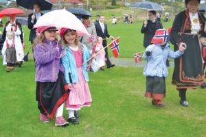 17 mai 2013 dagen Paraplyjenter (168) B