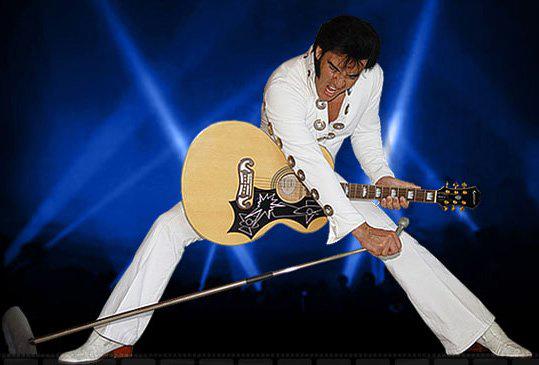 """""""THE KING"""" I PARKEN: Lørdag 17. august er det tid for Elvis-show i Birkenesparken når en av verdens ledende ETA'er (Elvis Tribute Artist), Kjell Elvis, opptrer under Delemarkedet. (Foto: www.kjellelvis.no)"""