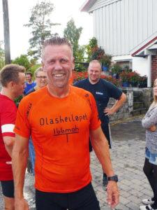 Olasheiløpet Thor Bylund med den nye tskjorta red