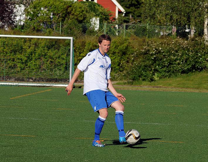 TOMÅLSSCORER: Venstreback Tor Ivar  Berge noterte seg for to mål mot Risør, begge på frispark fra langt hold.