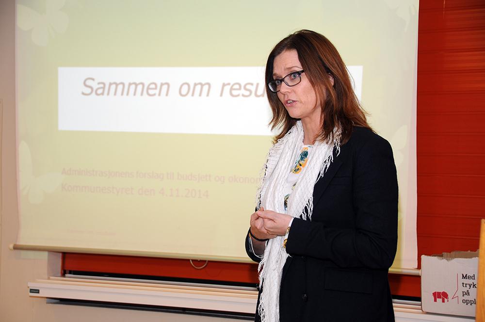 PLUSS: Rådmann Gro Anita Trøan er tilfreds med at kommunens regnskap til slutt endte med positivt fortegn for 2015.