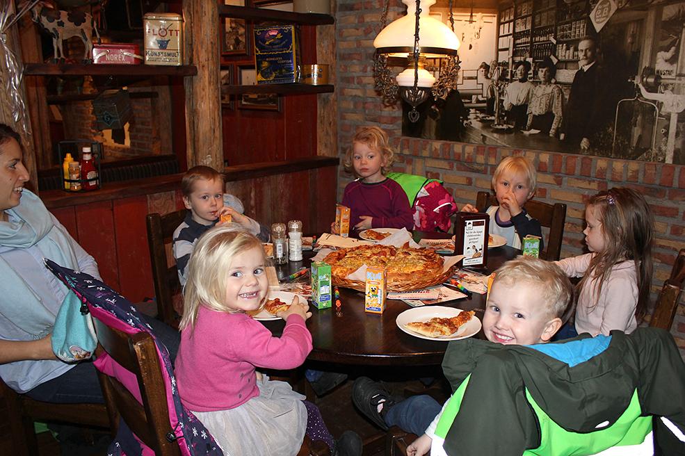 VANT: Barnehagen fikk gratis pizza og drikke av Egon i Kristiansand.