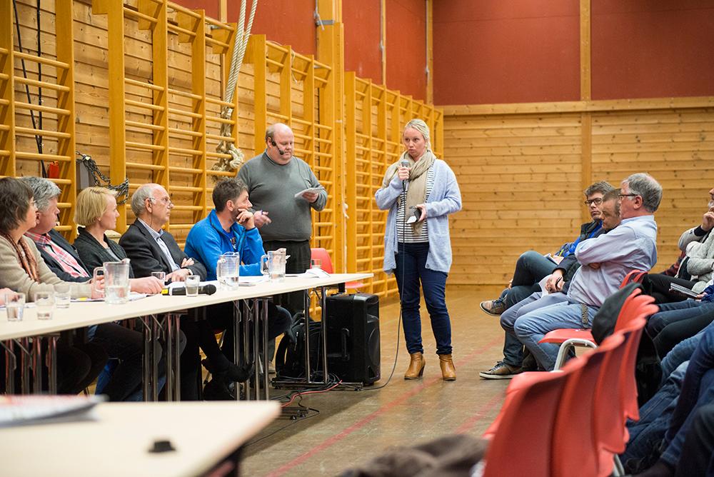 JA: Gyro Heia var blant tilhørerne som tok ordet under folkemøtet på Engesland.