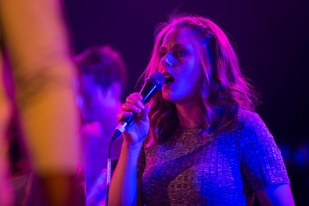 Støttespiller: Den hardtarbeidende sangeren vil satse alt på å gjøre andre artister så gode som mulig. Foto: Magnus Bringsvor