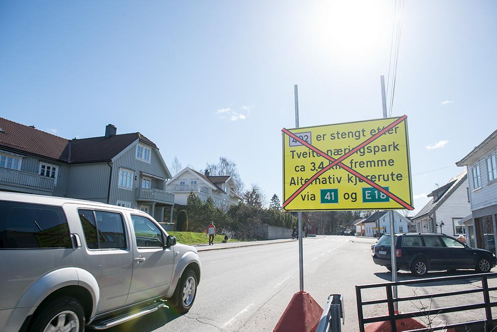 STENGES: Birkelandsveien mellom Birkeland og Lillesand stenges hele helga.
