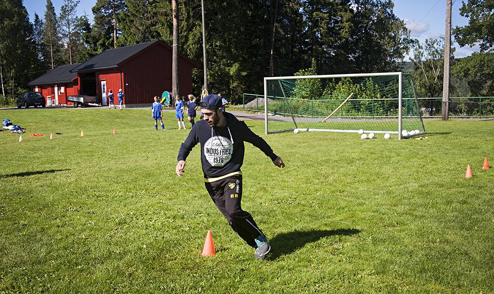 fotballskole006instruktør ramadaniNETT
