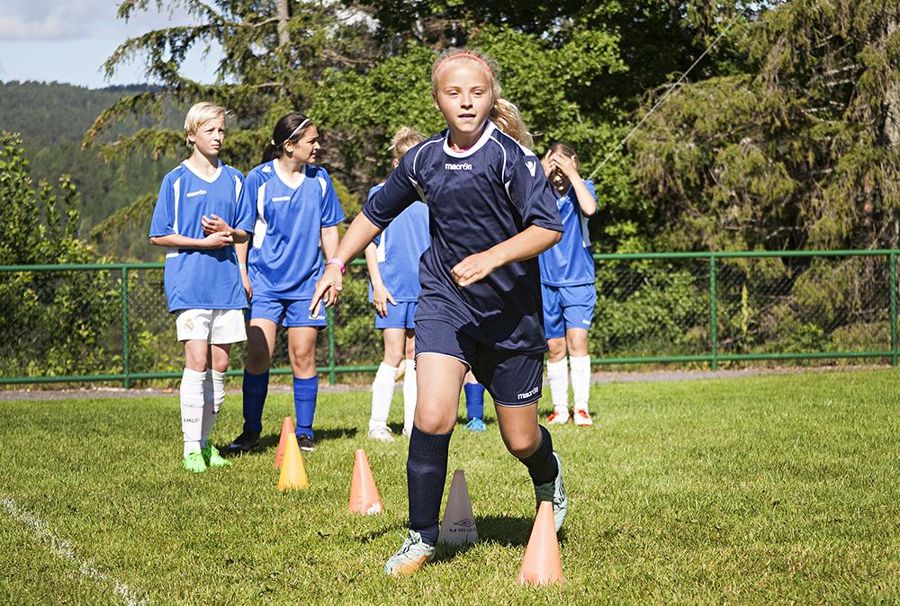 fotballskole009sofie hålandNETT