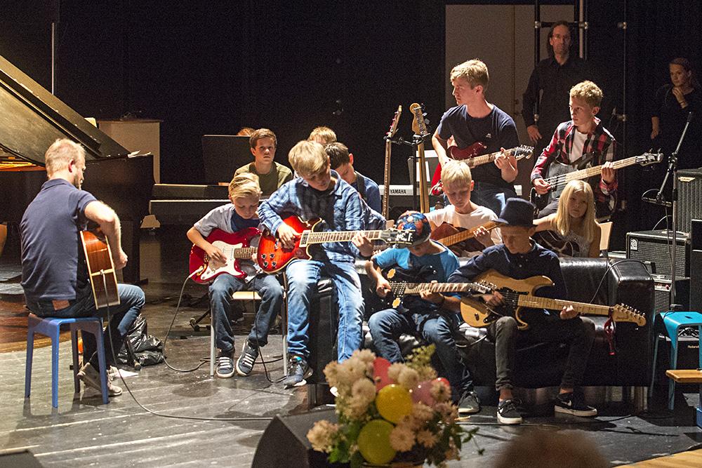 kulturskolen005gitaristernett